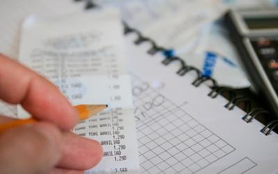 Ahorrar costes en la gestión de gastos de viaje es posible
