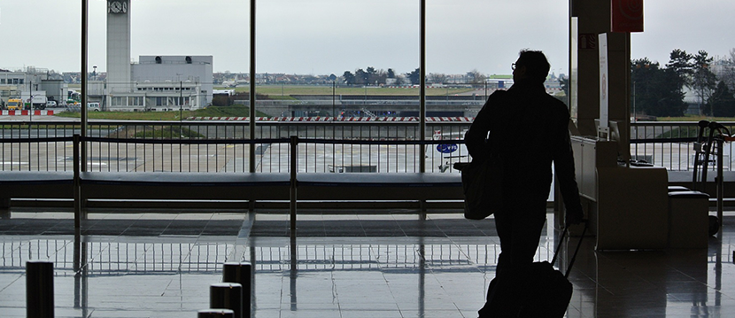 La Unión Europea abre la puerta a las empresas a reclamar a las aerolíneas por los retrasos en los vuelos